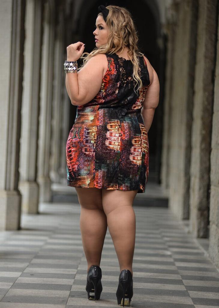 Толстушка в мини платье толстой фото красивые