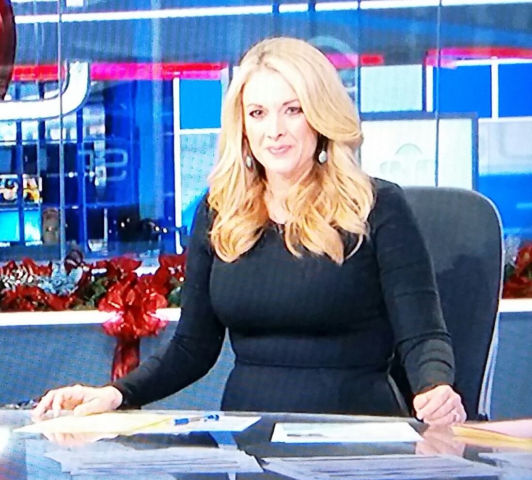Nicole Briscoe Lovely Espn Sportscenter Reporter Fatcelebs Curvage