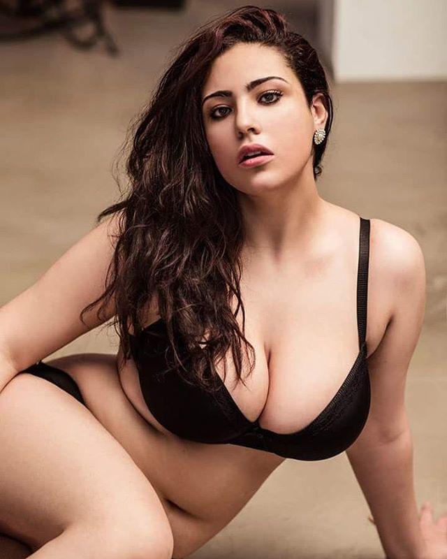 Plus Size Model Sarina