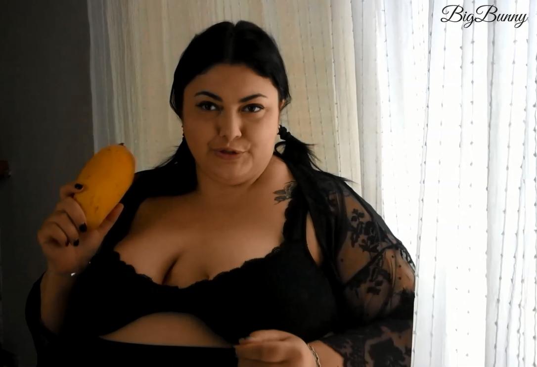 Fruit Eating Lesson